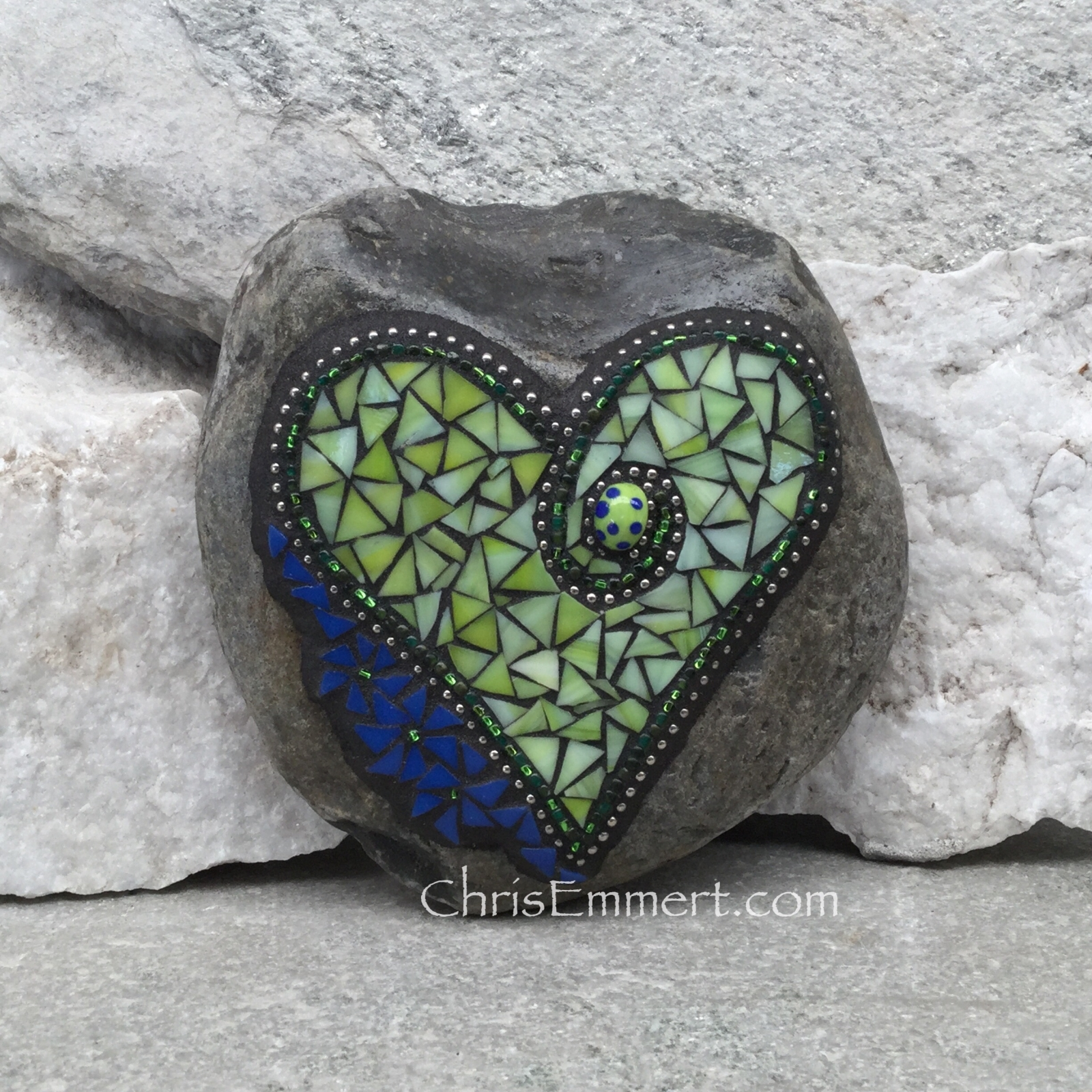 Light Lime Green Heart With Royal Blue Flowers Garden Stone Mosaic