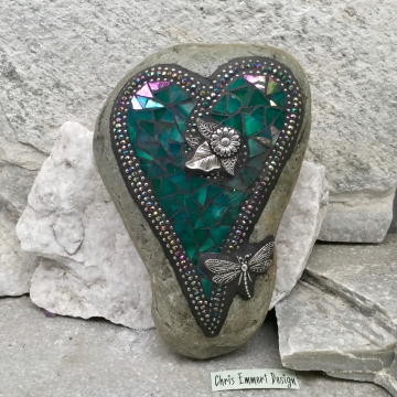Dragonfly Iridescent Green Heart, Garden Stone, Mosaic, Garden Decor