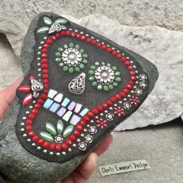 Black Skull / Day of the Dead / Skull Mosaic  / Garden Stone