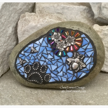 Pet Memorial, Iridescent Flowers with Blue, Black Paw Print - Bees, Garden Stone, Garden Decor'